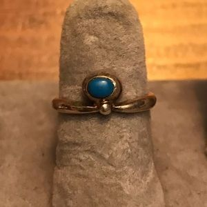 Small turquoise on sterling silver ring